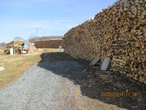Grafika-uskladnění dřeva na prodej