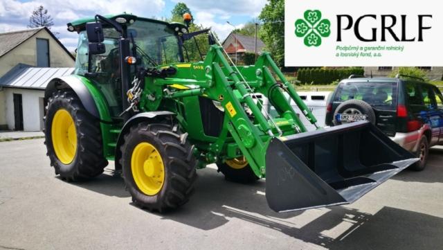 Grafika-Traktor John Deere z dotace PGRLF